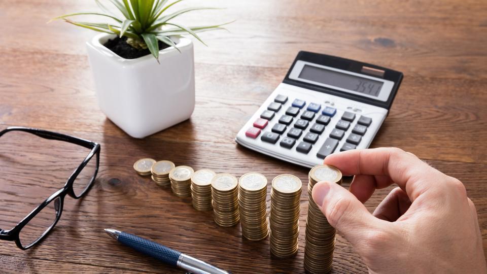 budget - Mortgage Lender Gerard Buckely of Jaguar Mortgages for Wasaga Beach, Collingwood, & Thornbury.